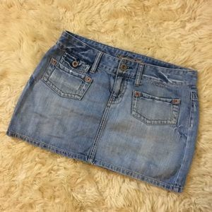 American Eagle size 6 jean skirt small
